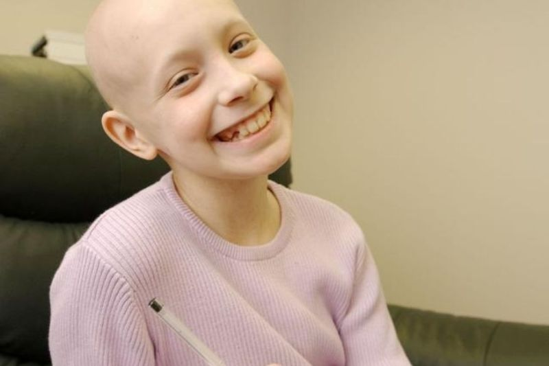 Hayley Arceneaux at the age of ten while suffering from bone cancer