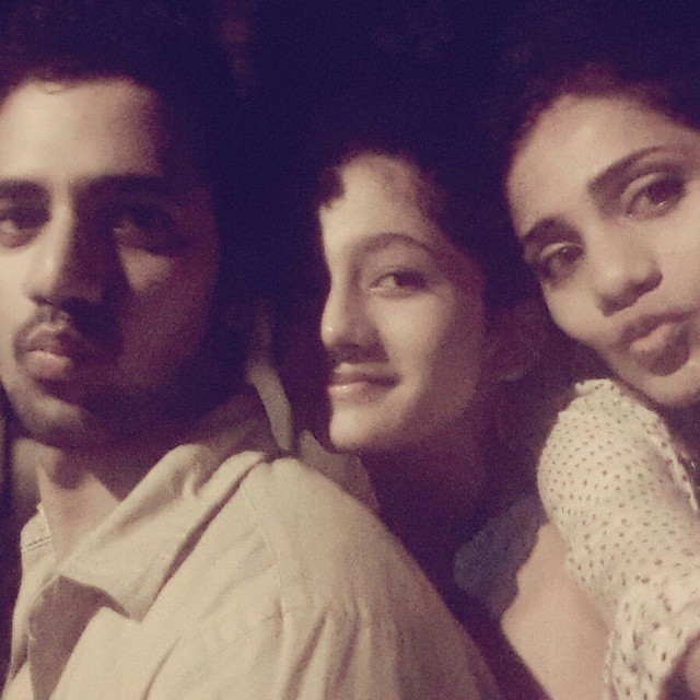ashlesha thaakur family photo