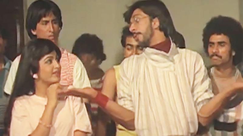 Khushbu Sundar with Javed Jaffery in the song Bol Baby Bol, Rock n Roll