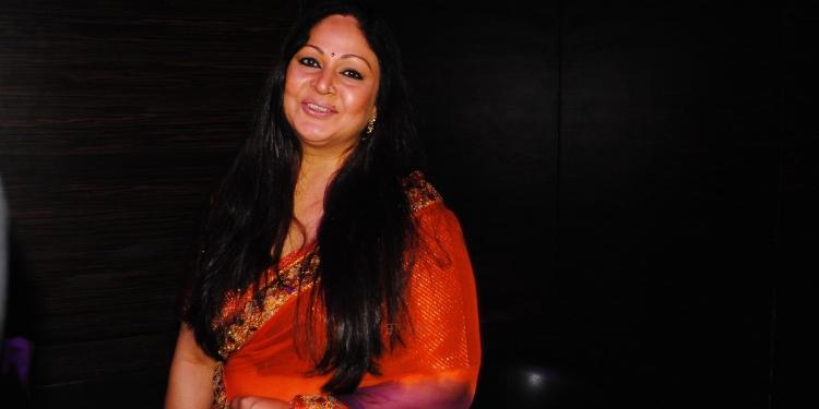 Rati Agnihotri Wiki Bio Age Husband Salary Photos Videos News Ig Fb Tw