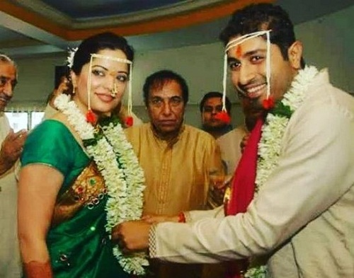Siddharth Sabharwal and Arzoo Govitrikar's wedding picture