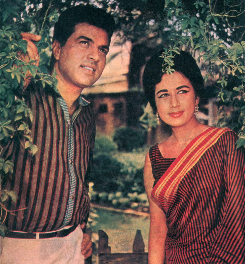 Nanda in Mera Qasoor Kya Hai