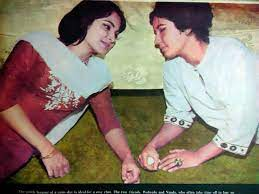 An old picture of Nanda and Waheeda Rehman