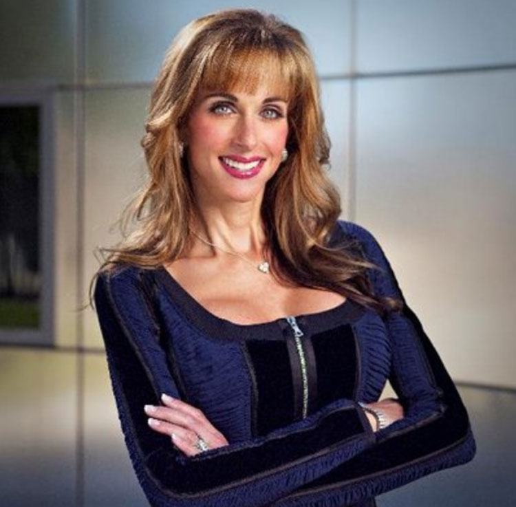 Susan Dell Wiki, Age, Height, Husband, Family, Biography & More - Famous People Wiki